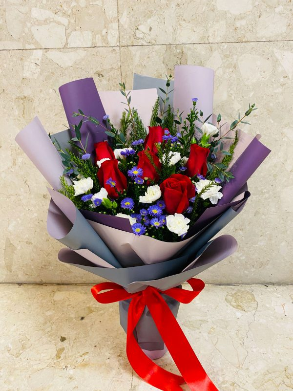 uptown girl flowers delivery